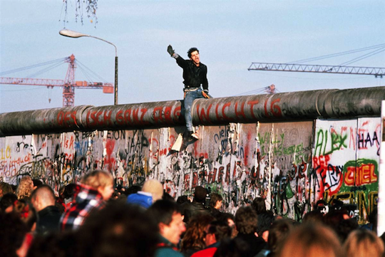 Berlin-wall-person.png