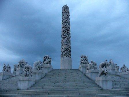 Monument-Oslo.jpg