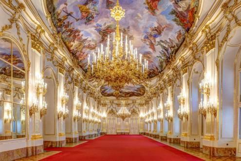 Schonbrunn-Palace.jpg