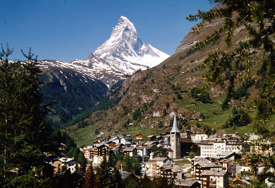 Village-of-Zermatt_0.jpg
