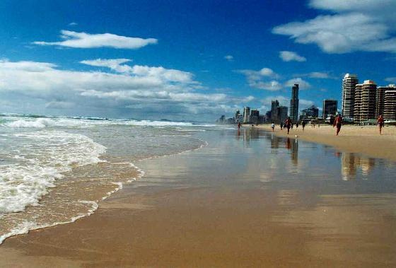 best-beaches-gold-coast.jpg