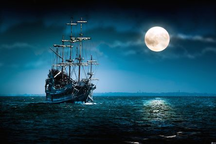flying-dutchman-sailing-boat-ship-moon-full-moon-dark-sea-163150.jpg