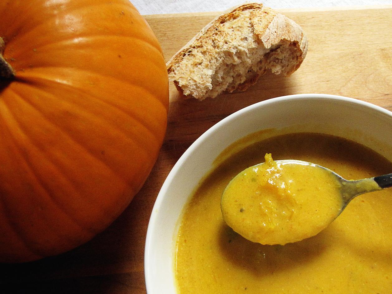 pumpkinsoup_bowl.jpg