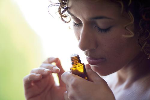 smelling-oil-2.jpg