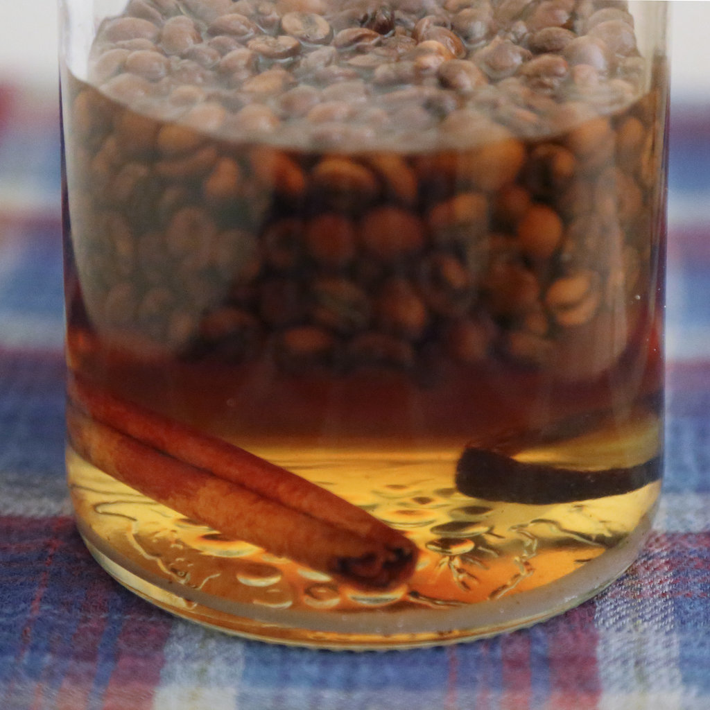12-Days-Edible-Gifts-Homemade-Kahlua.jpg