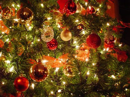 Christmas-tree-ornaments-at-night.jpg