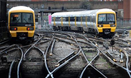 The-London-Midland-train-007.jpg
